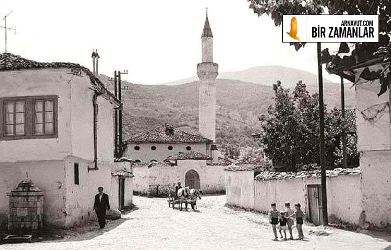 Prizren'de bir sokak görüntüsü