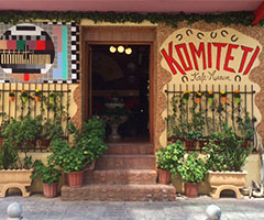 """Arnavutluk Başkenti Tiran'da """"Müze-Kafe"""" İle Tarihe Yolculuk"""