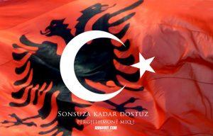 Türkiye Arnavut Bayrakları
